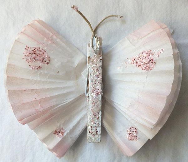 бабочка с необрезанными крыльями