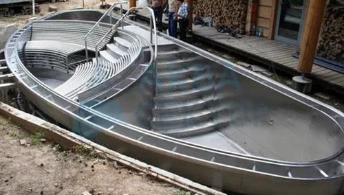 бассейн из стали