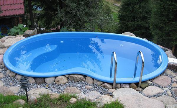 бассейн из композитного стеклопластика