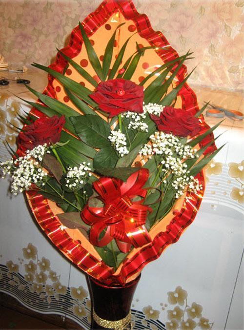 односторонний букет из роз