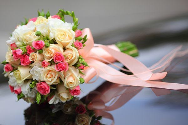 маленький букет на свадьбу