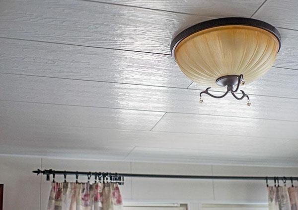 потолочные панели в частном доме