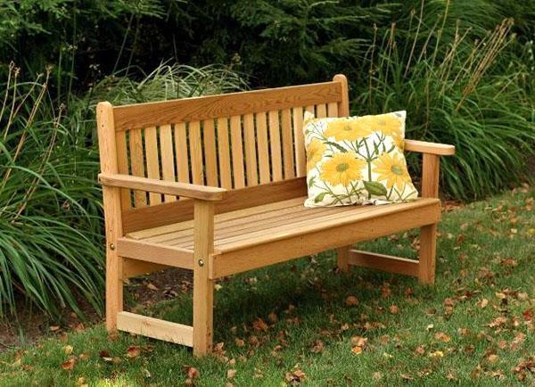 садовая скамейка из качественного материала