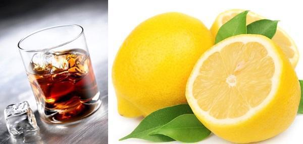 ингредиенты коктейля - коньяк и лимон