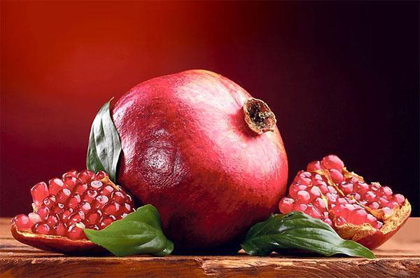 цвет кожуры и ягод