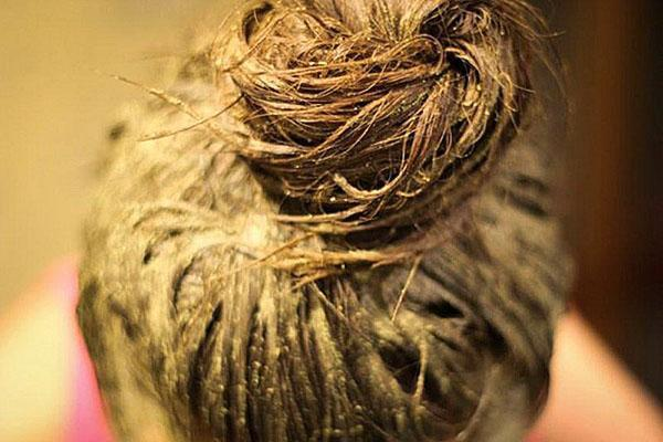 горчичная маска на волосах