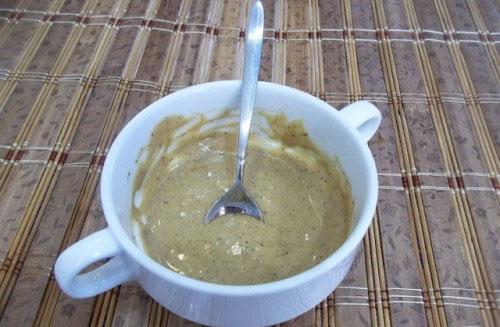 тщательно вымешиваем соус