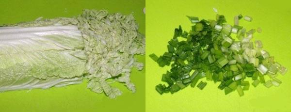 мелко нарезаем пекинскую капусту и лук