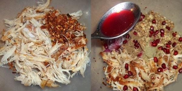 куриное филе посыпать специями и добавить гранатовый сок и зерна