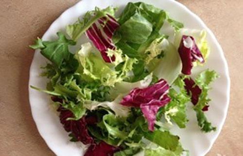 нарвать салатные листья