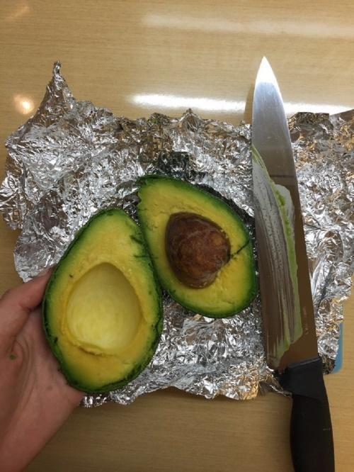 авокадо в фольге
