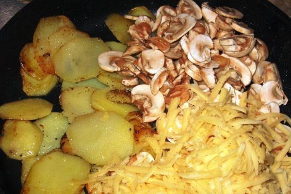добавить сыр и грибы