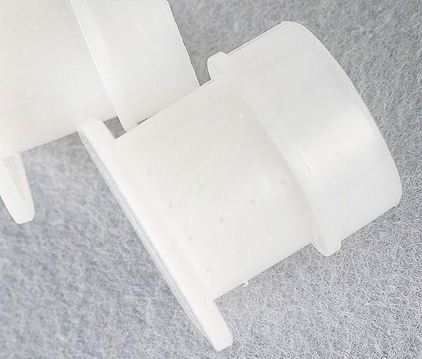 поилки из пластика