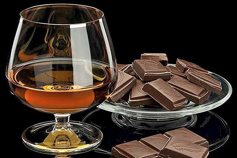 горький шоколад как закуска к коньяку