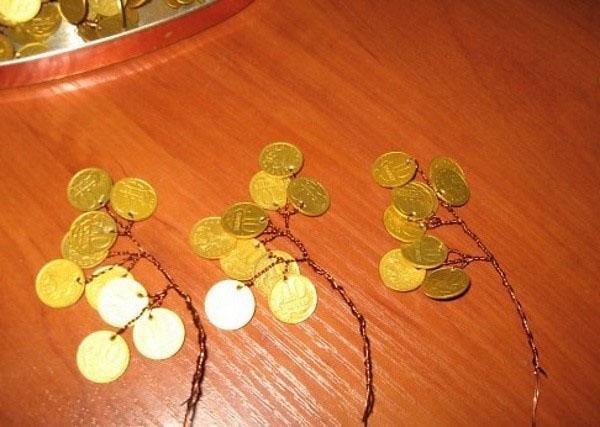 соединить монеты в ветки