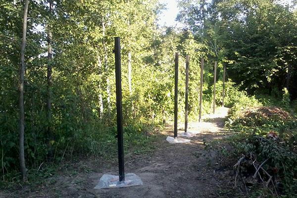 столбы из металлопрофиля