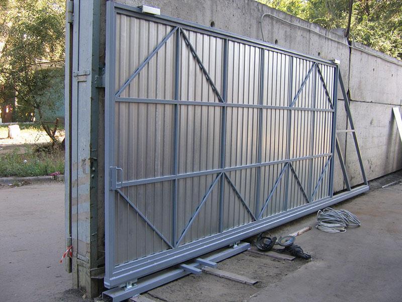 Раздвижные ворота своими руками фото
