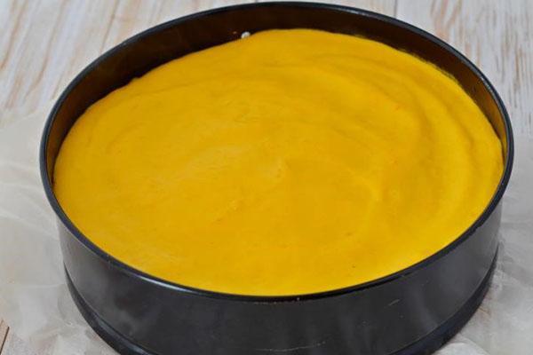 залить тыквено-сметанным соусом