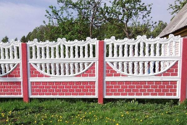 красивый и прочный забор