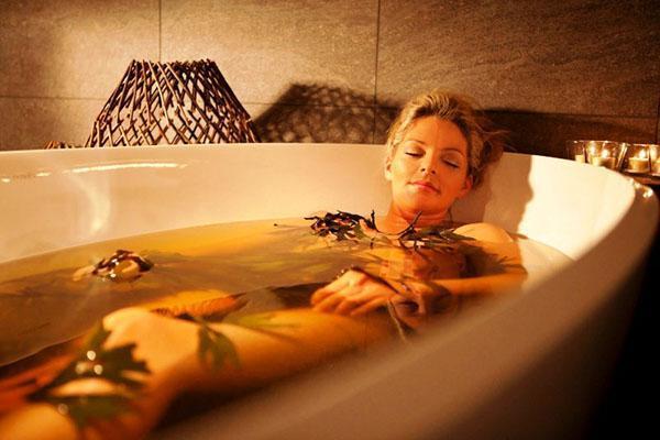 горячая ванна при усталости