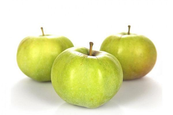 плотные кисло-сладкие яблоки