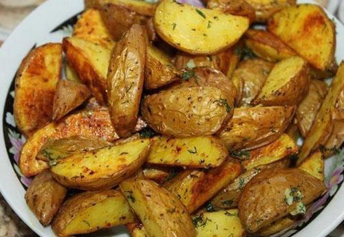 заправить приготовленный картофель