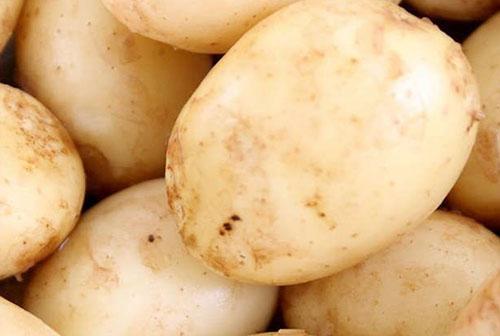 тщательно помыть картофель