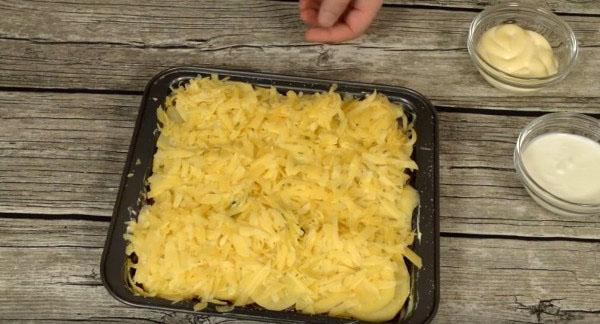 украсить тертым сыром
