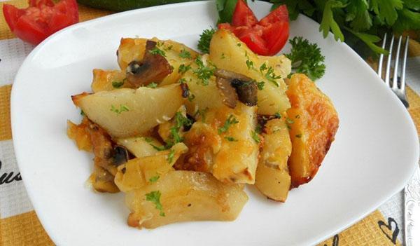 картофель по-французской с шампиньонами