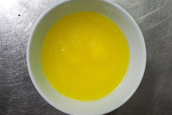 растопить сливочное масло