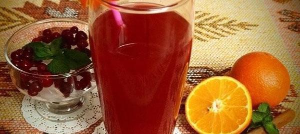 морс из клюквы и апельсина