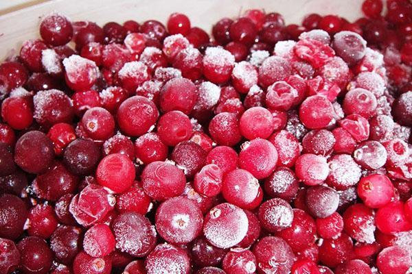 разморозить ягоды