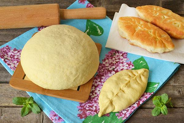 хорошее тесто и формирование пирожка