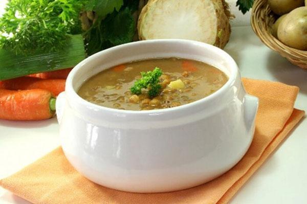 суп с чечевицей и картофелем