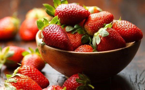 вкусная ароматная ягода
