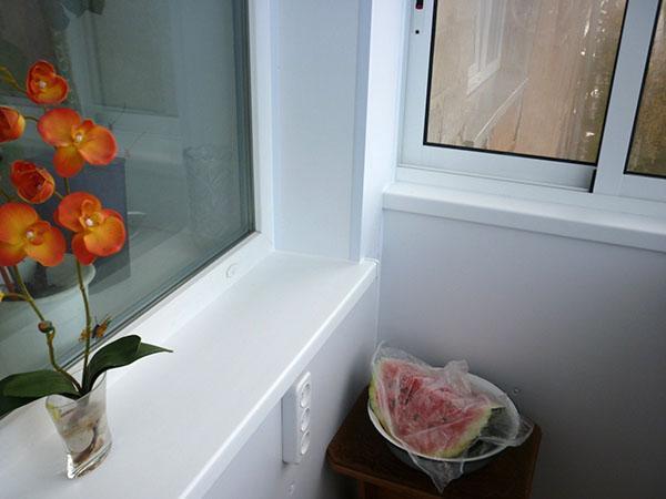 внутренняя отделка сендвич-панелями