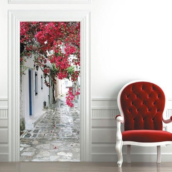 обновленная фотообоями дверь