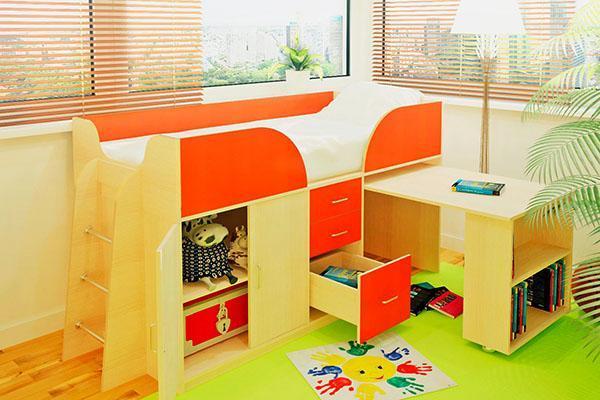 кровать чердак со столом и ящиками