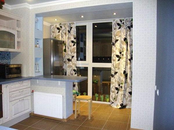 объединение балкона с кухней