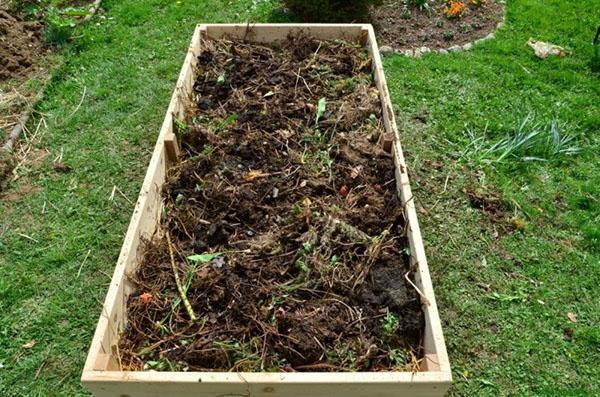 простая компостная яма