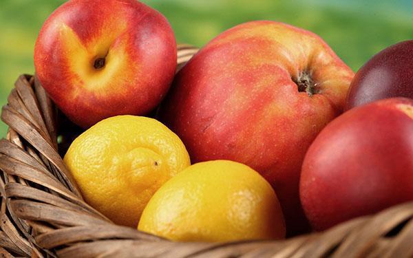 яблоки в лимонной кислоте