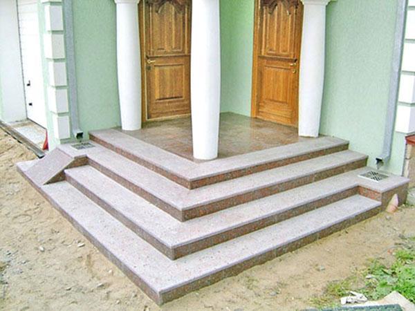 бетонное крыльцо к дому