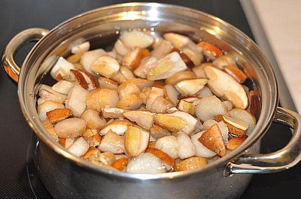 проварить белые грибы
