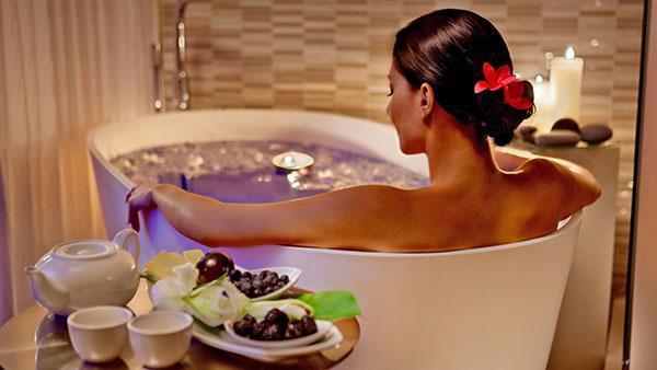 ванна с тысячелистником