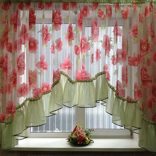 короткие пышные шторы