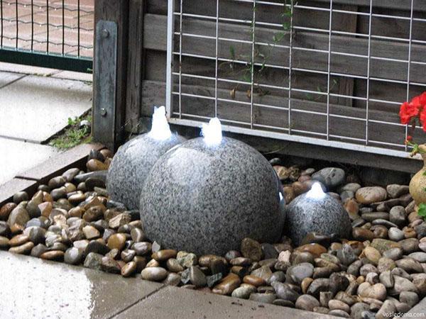 фонтан мраморные шары