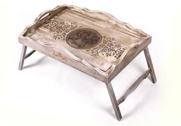 столик кроватный с выжигом