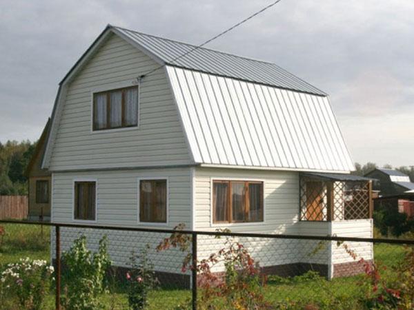 ломаная крыша мансарды