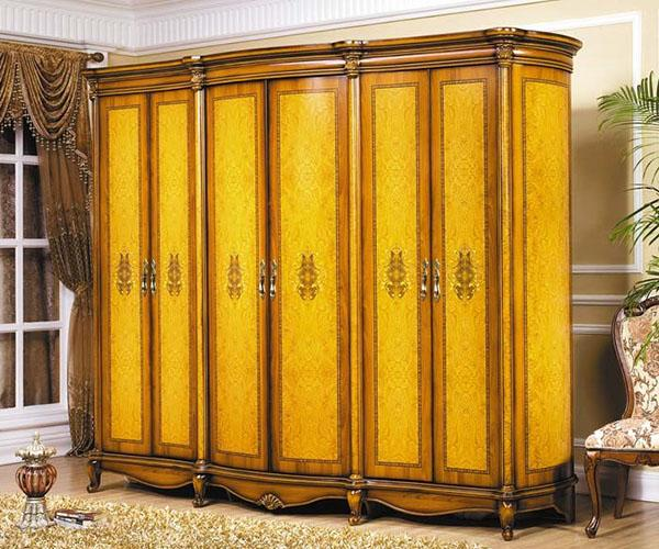 обновленный шкаф в современном интерьере