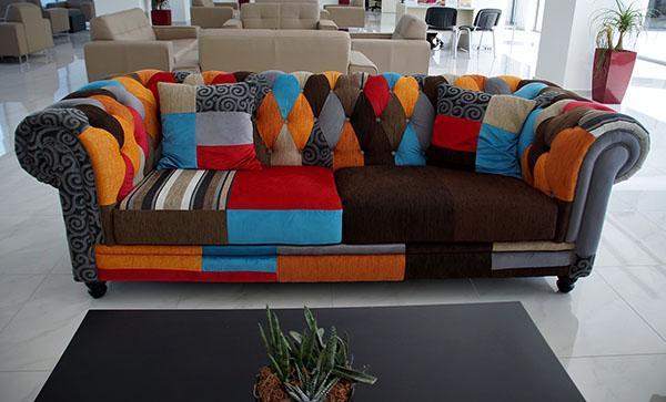 перетяжка дивана своими руками